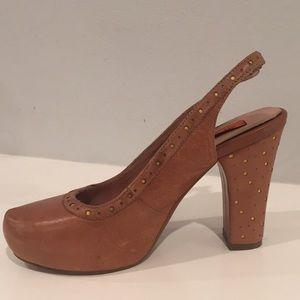 MIZ MOOZ Florentine brown leather platform size 8